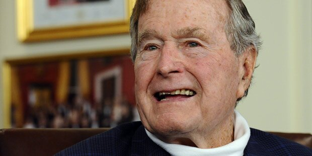 George H. W. Bush in Krankenhaus eingeliefert