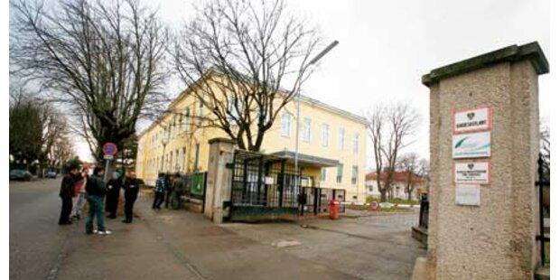 Traiskirchen: Asylheim vor Total-Sperre