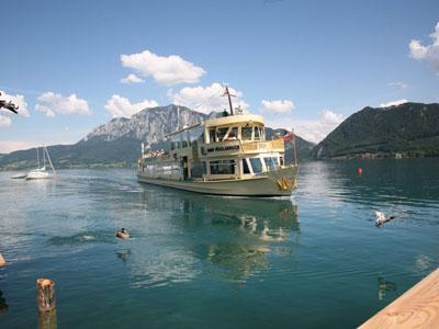 Attersee-Schifffahrt---Jahr