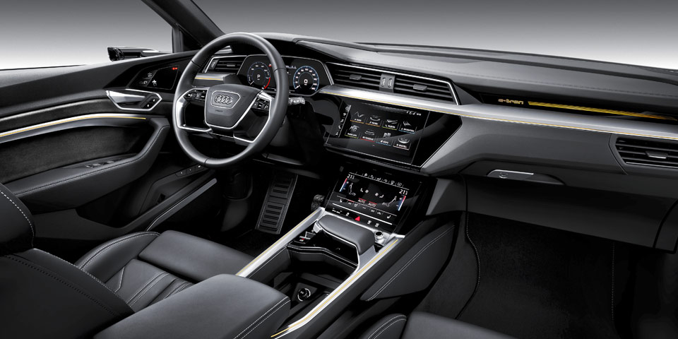 Audi-e-tron-960-off2.jpg