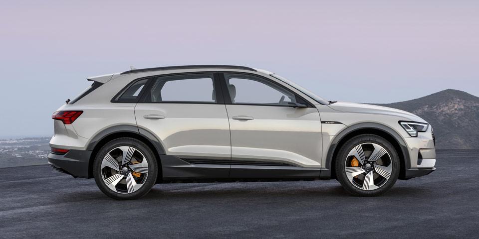 Audi-e-tron-960-off6.jpg