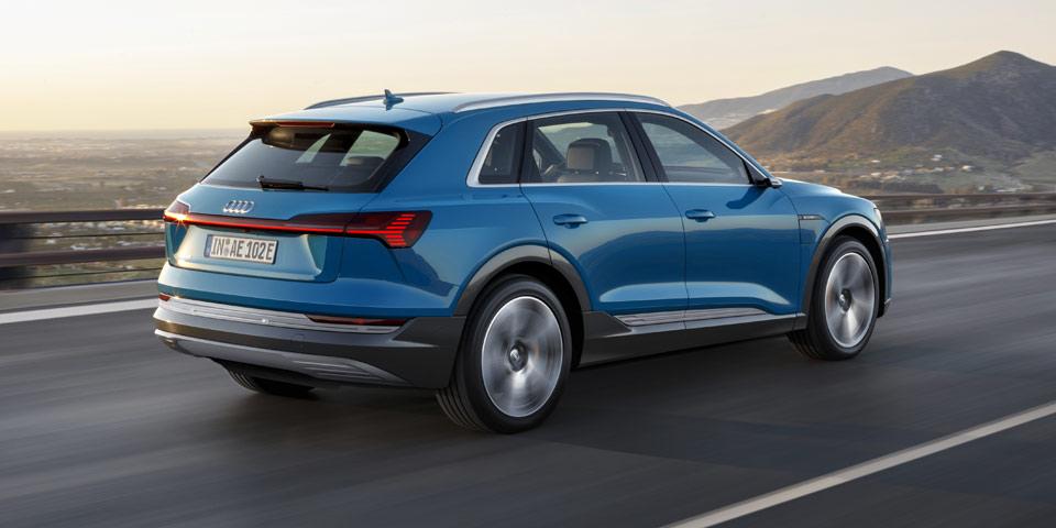 Audi-e-tron-960-off8.jpg