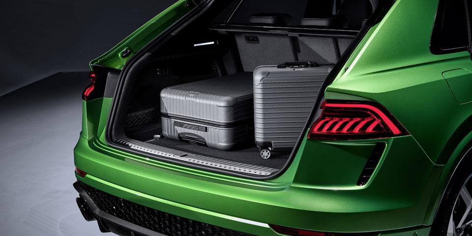 Audi_RS_Q8-960-off.jpg