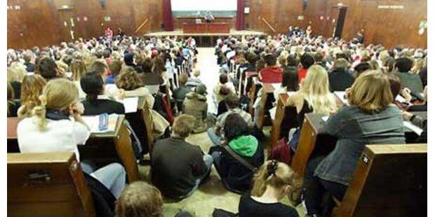 Uni-Proteste:Burgtheater lädt zum Dialog