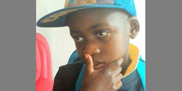 Autist verdurstete neben Leiche seiner Mutter
