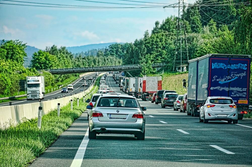 Autobahn - Channel - BMVIT - Rettungsgasse