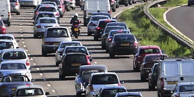 Autofahrer können mit stabilen Kosten rechnen