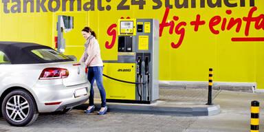 Benzin und Diesel um 90 Cent tanken