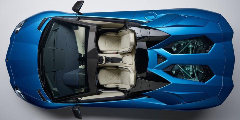 Aventador-S-Roadster-960-1.jpg