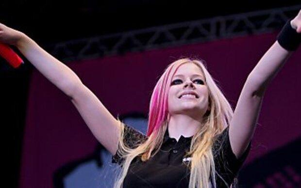 Sängerin Avril Lavigne reichte Scheidung ein