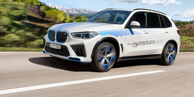 BMW hat den Wasserstoff-X5 fast fertig