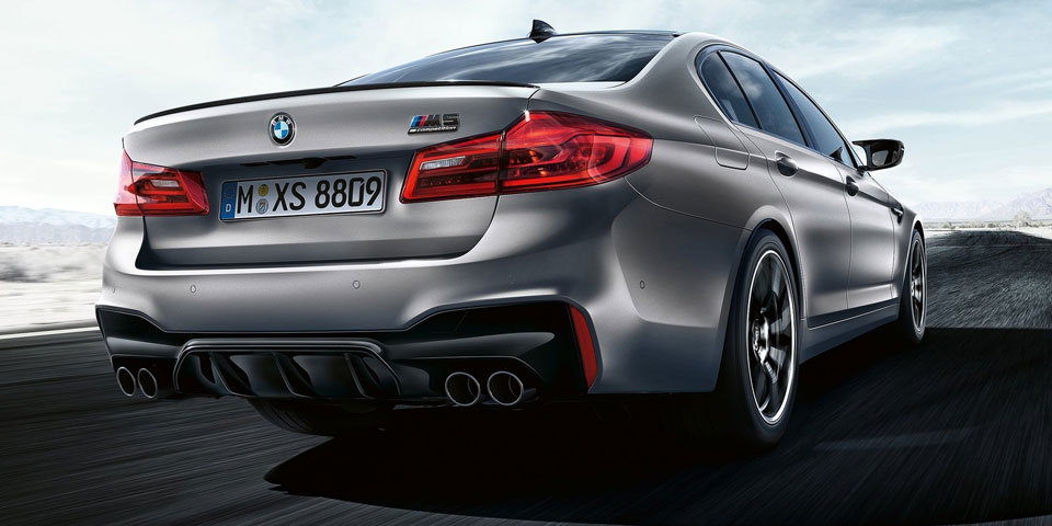 BMW-M5-Competition-960-off.jpg