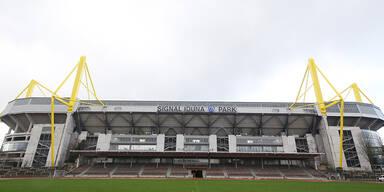 Bomben-Alarm! Dortmund-Stadion geräumt