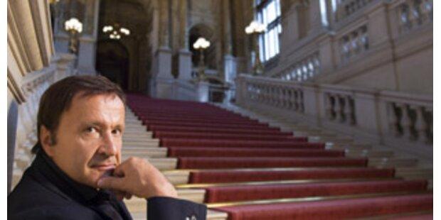 Burgtheaterdirektor Bachler zum Saisonstart