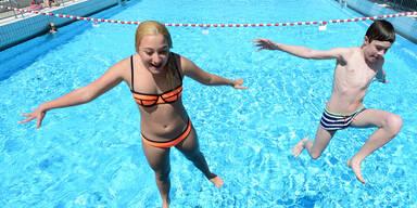 Baden Sommer Schwimmbad
