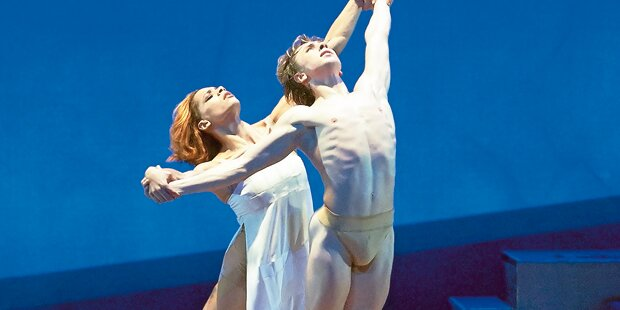 Oper: John Neumeiers Strauss-Abend