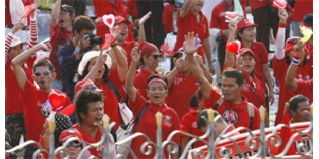 Regierungsgegner in Bangkok setzen Protest fort