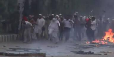 Straßenschlachten in Bangladesch: 32 Tote