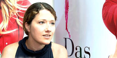 Interview mit Society-Expertin Daniela Bardel!