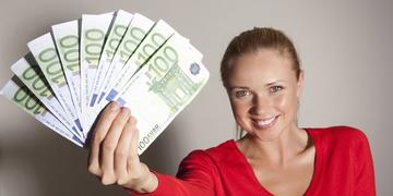 Bis zu 220 EURO gewinnen!: Geld fürs Radiohören!