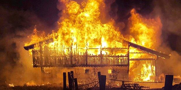 Großbrand auf Tiroler Bauernhof