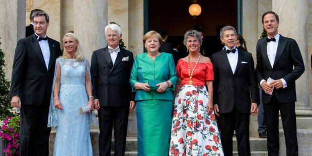 Polit-Prominenz um Merkel in Bayreuth