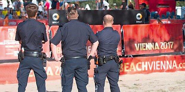 Beachvolleyball-WM: Polizist verprügelt