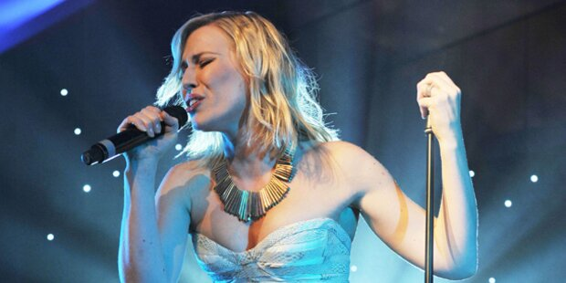 Natasha Bedingfield singt gratis ins Wien