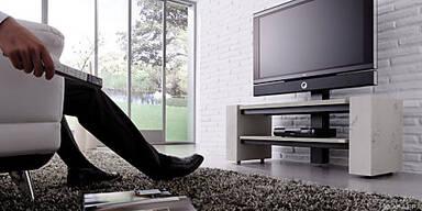 Bei diesem TV-Rack ist der Beton nur oberflächlich