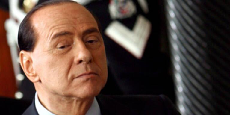 Berlusconi will Sex-Prozess verschieben