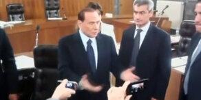 Schuldig: Berlusconi zu 7 Jahren Haft verurteilt