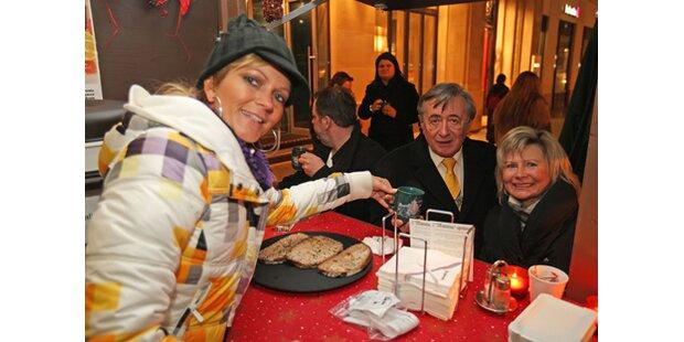 Charity-Lady: Bettina Kofler schenkt Mörtel ein