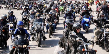 Horror-Unfall-Woche: 5 Biker tot