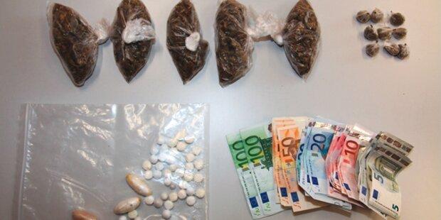 Razzia: Cobra holte Drogen aus Kanalrohr