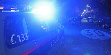 Anzeige auf freiem Fuß: Betrunkener (22) attackierte Polizisten in Tirol