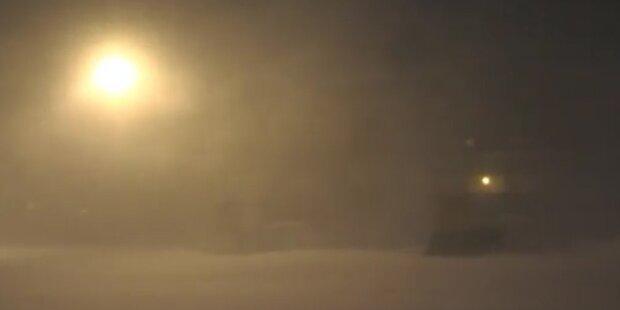 Schweiz: Extremer Blizzard in Bivio