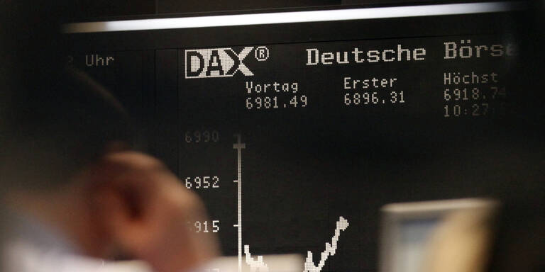 Der DAX steht unter dem Druck der Katastrophe in Japan.