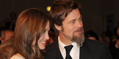 Brad und Angelina helfen SOS-Kinderdörfern