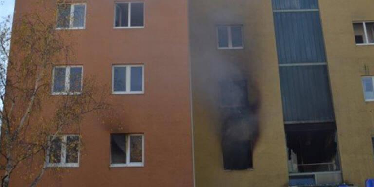 Wohnhaus brannte: 27 Menschen gerettet