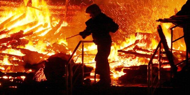 Feuertod: Mädchen sterben bei Brand im Ferienlager
