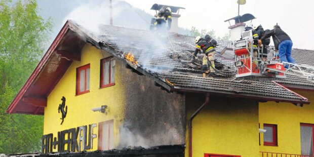Ferrari löst Flammen-Inferno aus