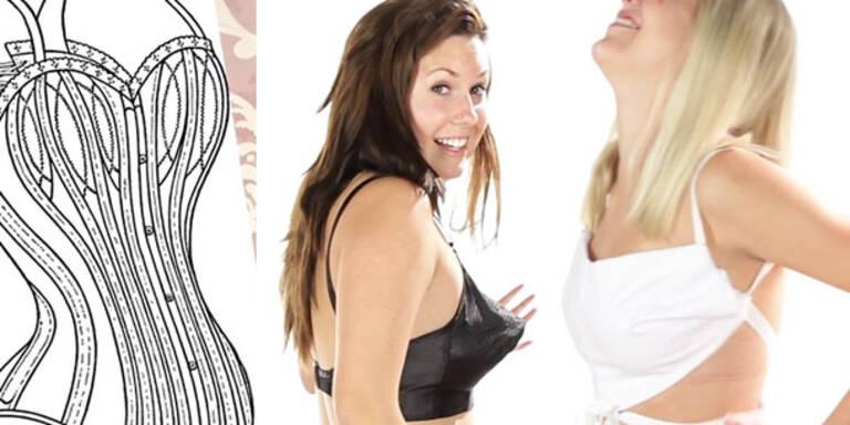 Frauen probieren alte BH-Modelle