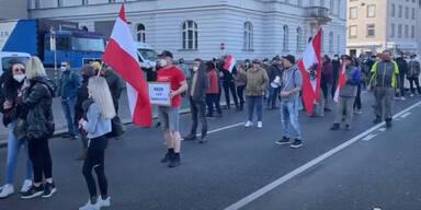 Tausend Demonstranten in Bregenz gegen Corona-Maßnahmen