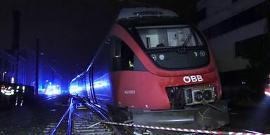 Regionalzug entgleist beim Hauptbahnhof Bregenz