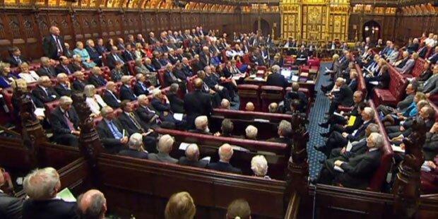 Britisches Parlament macht Weg für Brexit frei