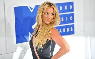 Irre: Mann gibt 80.000 aus, um wie Britney Spears auszusehen