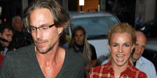 Verlobter will auf Britney Spears auspassen