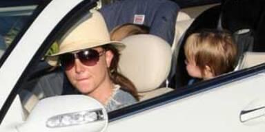 Britney Spears mit kids im auto