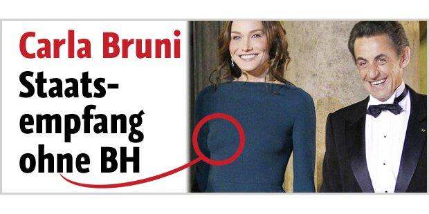 Carla Bruni ohne BH beim Staatsempfang