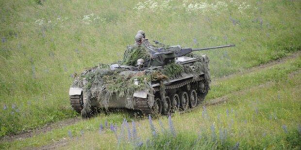 Kampf um Soldaten und Wehrdienst
